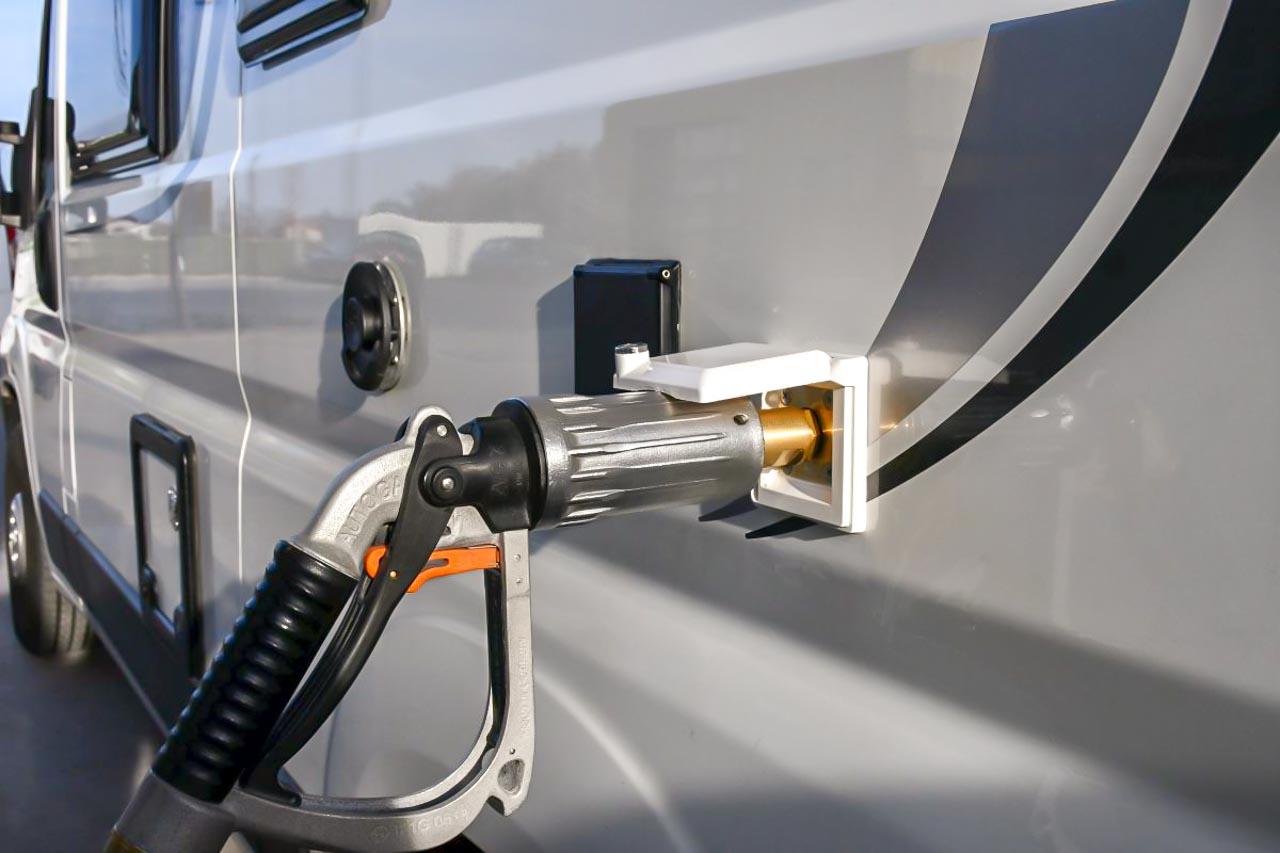 Gastankflasche Außenbetankung LPG-Tankstelle
