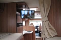 der hochwertige Fernseher kann zum Schlaf- oder Wohnraum ausgerichtet werden.
